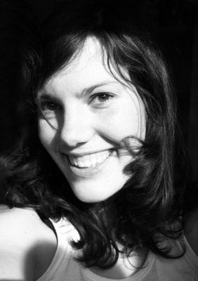"""<p class=""""slideshowschrift""""><strong>Sophie Linnenbaum</strong><br/><em>[Out of Fra]me</em> (Regie)<br/>Auf dem Filmfest: 19.10.2016</p>"""