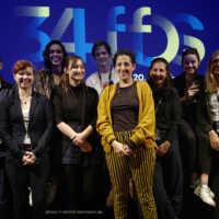 Tag 2 – Die FilmemacherInnen des Kurzfilmprogramms KREIS LAUF in der Lagerhalle mit Moderatorin Gesa