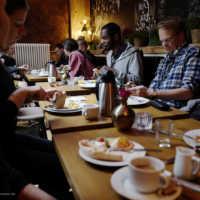 Tag 4: Die Tische sind reichlich gedeckt
